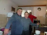 65. mezitím na Drátárce v kuchyni